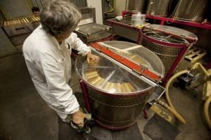 Honey. Beekeeping. Production. Organic.